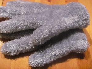 Handschuhe aus Polyester-Groldinger